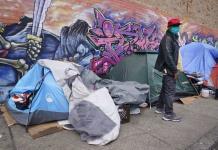 Pandemia deja sin techo a algunos inmigrantes en EEUU