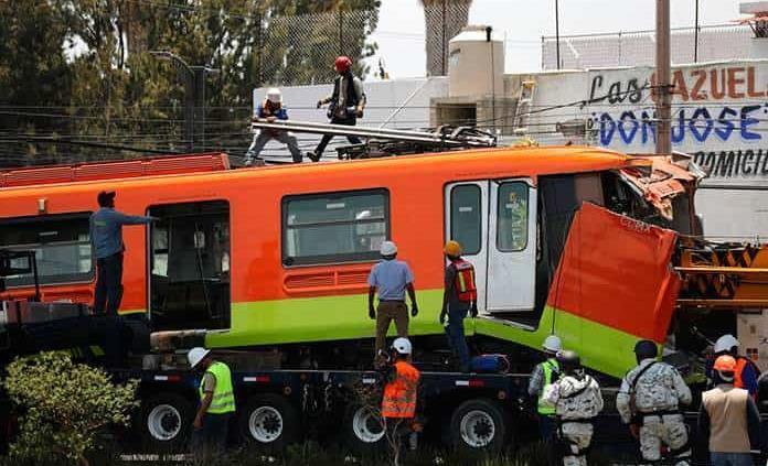 Retiran último vagón siniestrado en el Metro; empresa noruega alista peritaje externo
