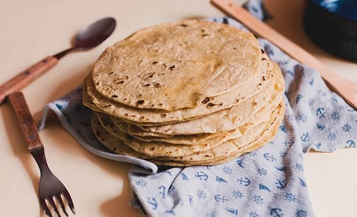 Platillos que se preparan con una tortilla de maíz