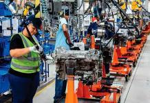 Sector automotriz recupera empleos