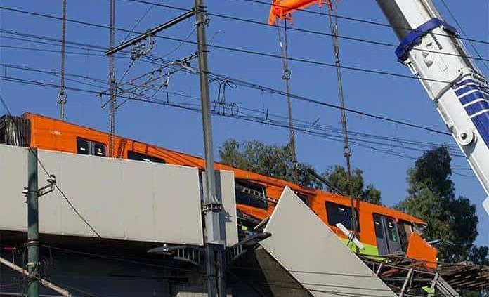Retiran parte del tren que cayó tras colapso en Línea 12