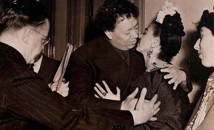 Subastarán imágenes cotidianas e icónicas de la vida de Diego Rivera