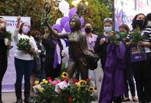 Realizan en la Plaza de Armas emotivo homenaje y memorial para mujeres víctimas de feminicidio