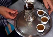 El secreto del mejor café: una buena molienda con mortero en Sarajevo