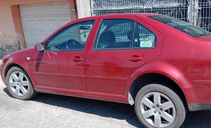 Asegura SSPE cuatro vehículos robados; hay dos detenidos