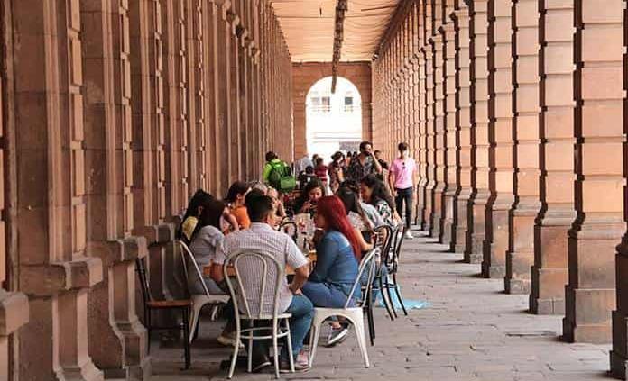 En fiestas patrias únicamente podrán funcionar restaurantes: Comercio