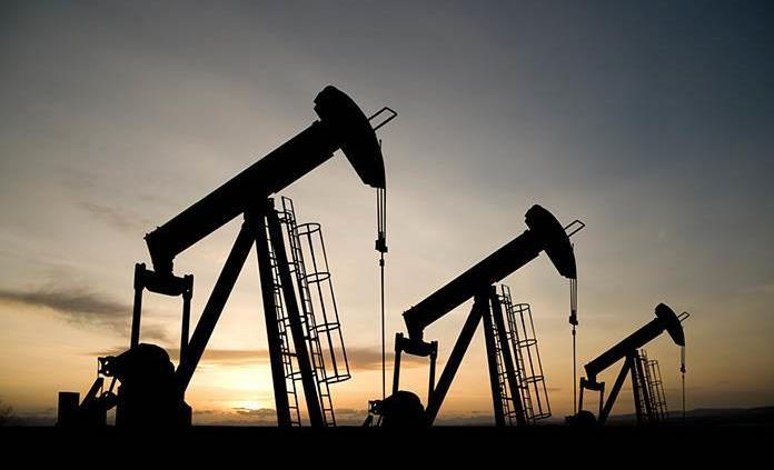 El petróleo de Texas mantiene su precio y cierra en 72,61 dólares el barril