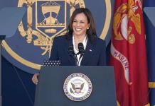 Los republicanos creen que Kamala Harris rectifica por presiones de la izquierda