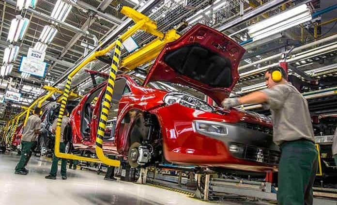 Producción automotriz del país crece 38%