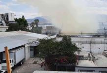 Incendio provoca movilización en empresa de la Zona Industrial