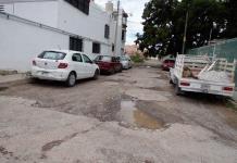 Baches, peligro latente en calles