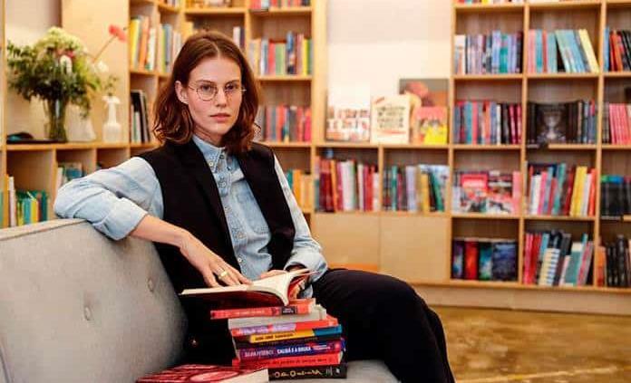 Librería en Brasil rescata las voces periféricas con escritos solo de mujeres