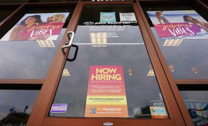 Vacantes de empleo en EEUU aumentan a cifra récord en abril