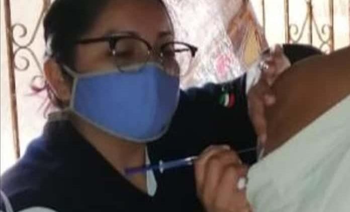 Arranca vacunación para las personas de 40 a 49 años