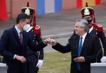 Presidente argentino se disculpa por expresiones ofensivas