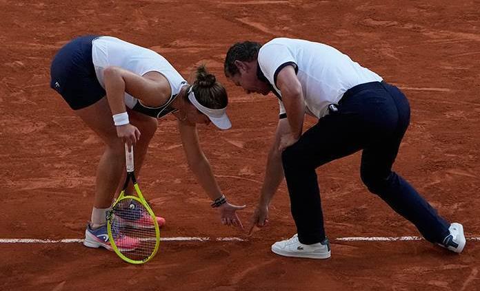 Krejcikova ante Pavlyuchenkova, en la final femenina