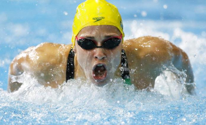 Nadadora australiana Groves denuncia a pervertidos misóginos