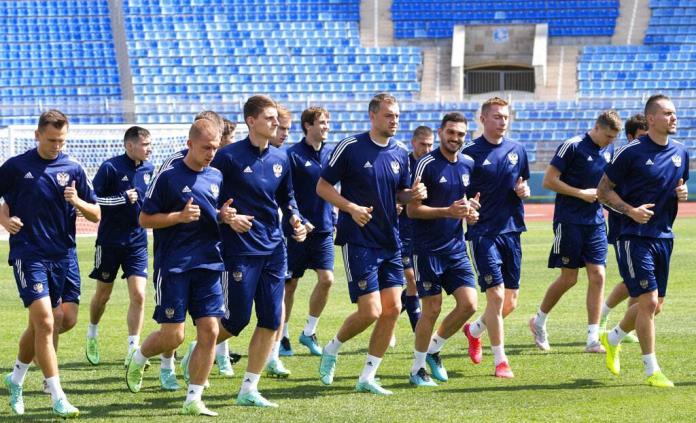 Rusia separa a jugador tras contraer COVID-19