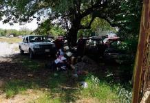 Vehículo cae encima de un mecánico en Valles; tiene lesiones graves