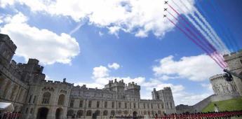 Isabel II celebra su cumpleaños con una ceremonia reducida en Windsor (FOTOS)