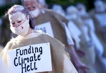 Greenpeace critica el plan de reconstrucción propuesto por Johnson al G7