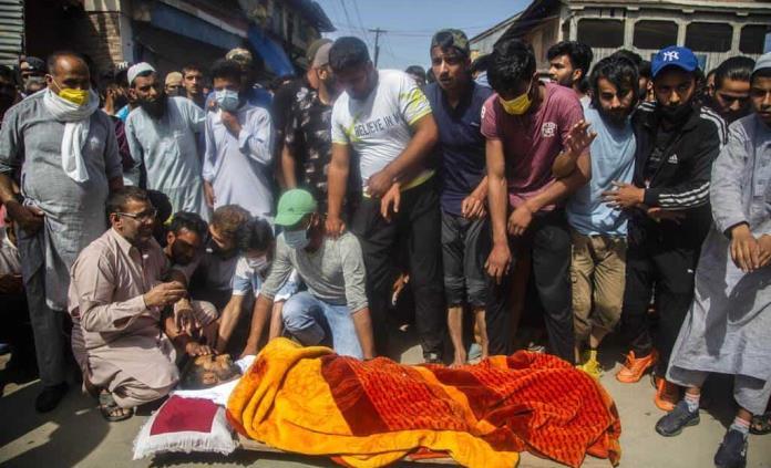 Combate entre rebeldes y policía en Cachemira; hay 4 muertos
