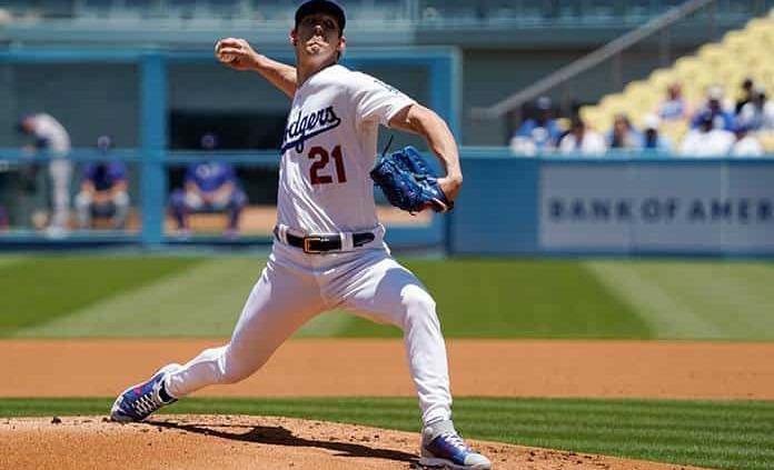 Buehler sigue invicto y Dodgers vencen a Rangers