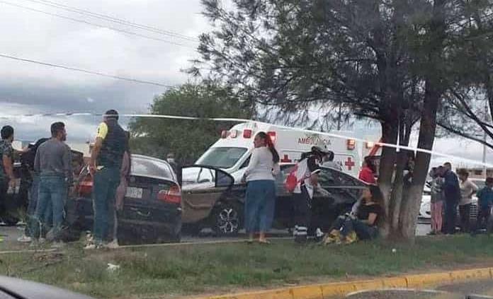 Choque de frente en Carr. a Rivoerde deja 3 lesionados