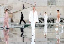 El blanco toma la pasarela parisina
