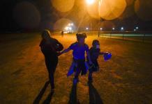 Cae número de niños migrantes en albergue más grande de EEUU