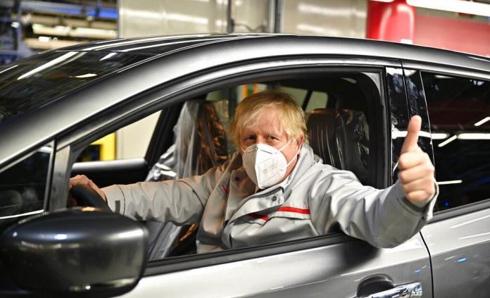 Nissan fabricará autos eléctricos y baterías en Gran Bretaña