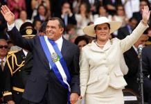 EEUU sanciona por corrupción al expresidente hondureño Lobo y su esposa