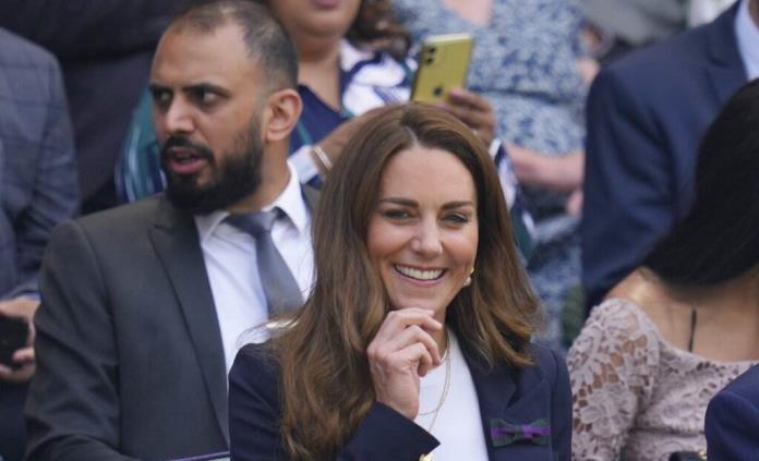Duquesa de Cambridge se aísla tras estar en contacto con un positivo de covid