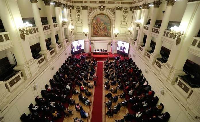 Convención constituyente de Chile logra sesionar tras dos intentos fallidos
