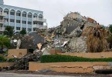Evacúan por grietas otro edificio de apartamentos en una playa de Florida