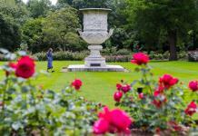 El Palacio de Buckingham abre al público sus jardines por primera vez en la historia