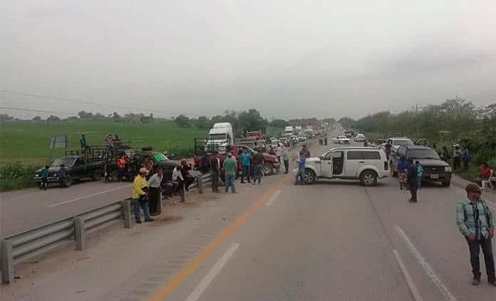 Manifestantes de Cuayalab levantan bloqueo en rúa