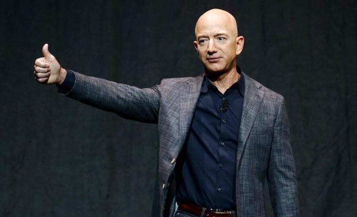 EEUU aprueba lanzamiento espacial tripulado de Bezos