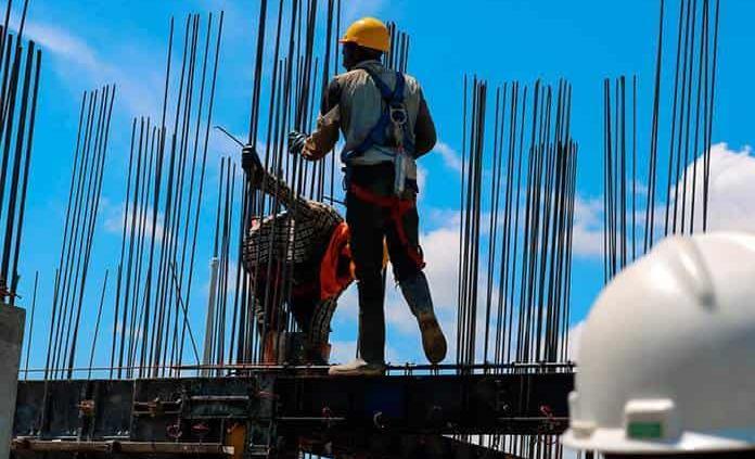 Se generan 128.9 mil empleos en agosto de 2021