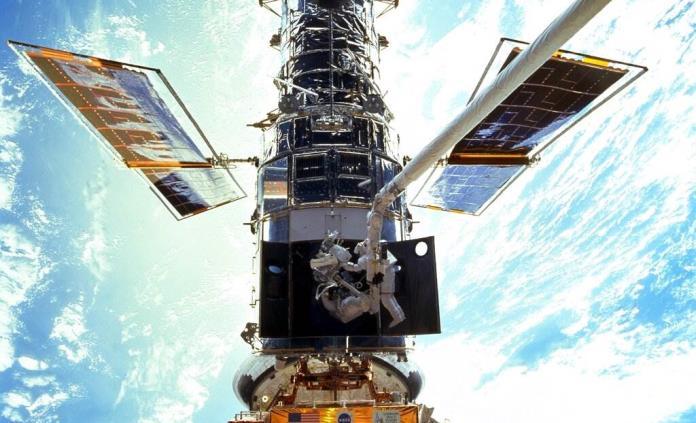 Concluye reparación del telescopio espacial Hubble