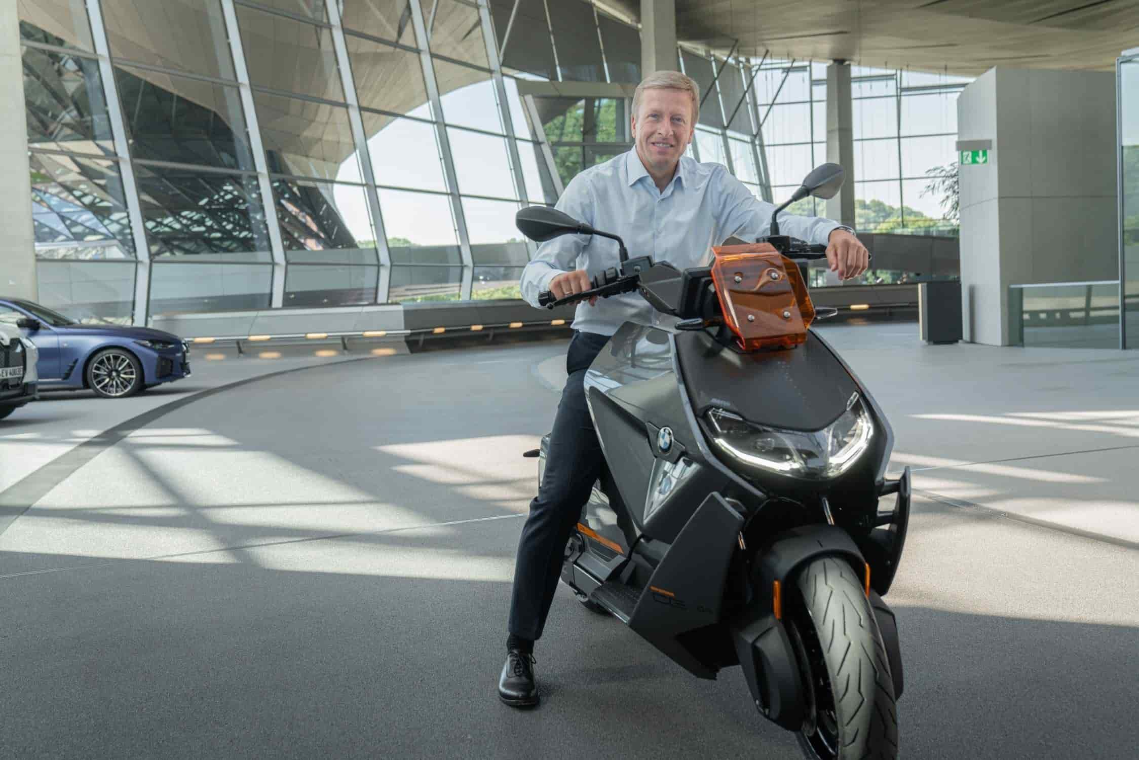Oliver Zipse, CEO de BMW AG en la CE 04.