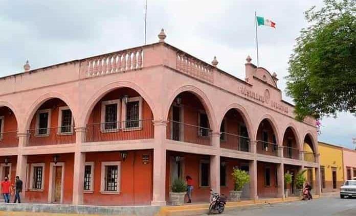 Fusionan varios departamentos en Ayuntamiento de Matehuala