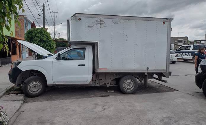 Recupera la policía 4 vehículos robados
