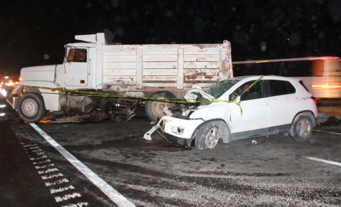 Un muerto y tres heridos en choque en la carretera a Matehuala
