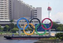 Identifican a gimnasta de EEUU que dio positivo a covid en Tokio