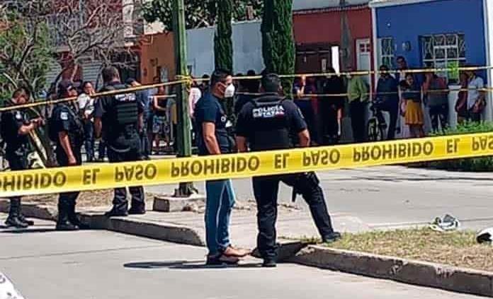 Joven es asesinado en riña pandilleril, en la Progreso