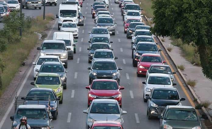 Accidente colapsa tránsito en la ´57