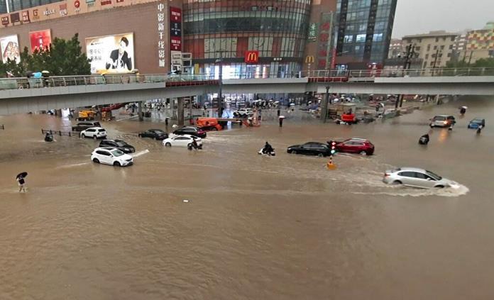 Torrenciales aguaceros causan inundaciones en China
