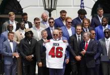Biden recibe a los Bucaneros en la Casa Blanca