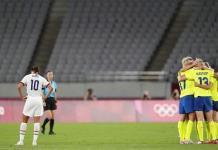 Suecia sorprende a EEUU en la primera jornada de futbol femenino